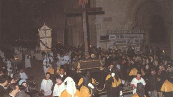 """""""Miserere"""" di Selecchy, Chieti processione del Venerdì Santo"""