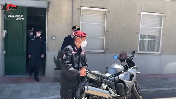 Il team sanitario dei carabinieri scende in campo per i vaccini a domicilio [Video]