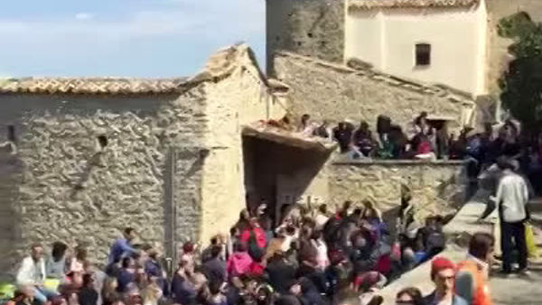 "Pasquetta ""sold-out"" al castello di Roccascalegna"