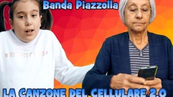 La canzone del cellulare 2.0, nuovo video della Banda Piazzolla