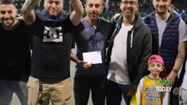 """i vincitori del torneo amatoriale di calcio a 5 """"minervello""""-3"""