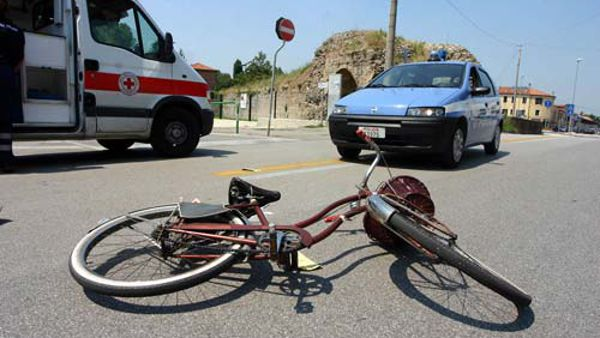 Incidente mortale a Brecciarola, investito un ciclista