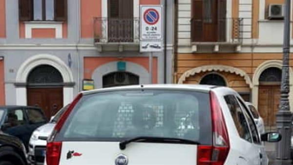 auto divieto piazza matteotti-3