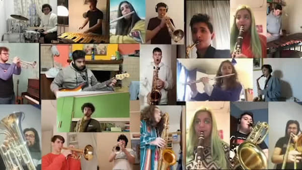 "VIDEO - Gli studenti del Mattioli di Vasto suonano ""We are the world"", ma ognuno è a casa sua"