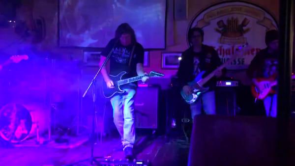 """Dennis Stratton, l'ex degli Iron Maiden a Chieti: """"I fan continuano a chiedere la nostra musica"""""""