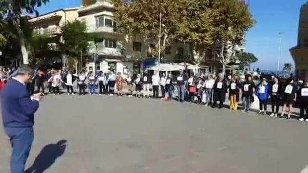 Stop alla violenza sulle donne: Francavilla si ferma per Aliona [VIDEO]