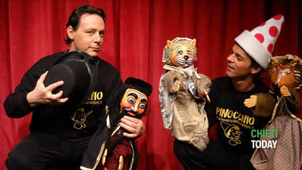 Il Teatro umbro dei burattini porta in scena a Francavilla un Pinocchio moderno