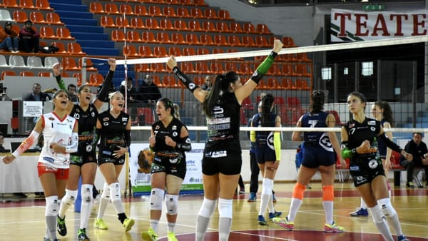 Volley: la CO.GE.D. cade al tie-break, Cave si impone 3-2 al PalaTricalle