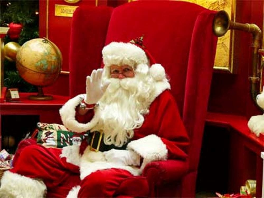 Babbi Natale.Concerto Per I Degenti Dell Ospedale E Babbo Natale In Periferia Ecco La Vigilia Del Comune