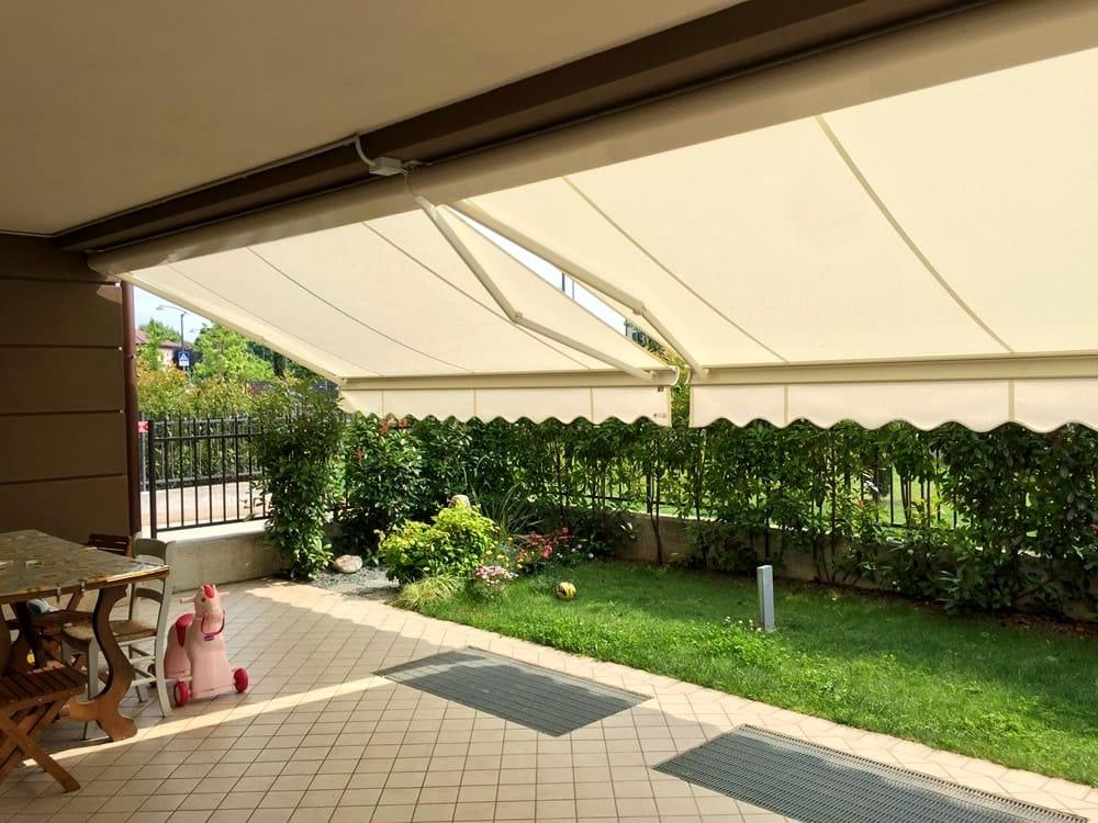 Tende Da Sole Patio : Come pulire le tende da sole in vista dell estate
